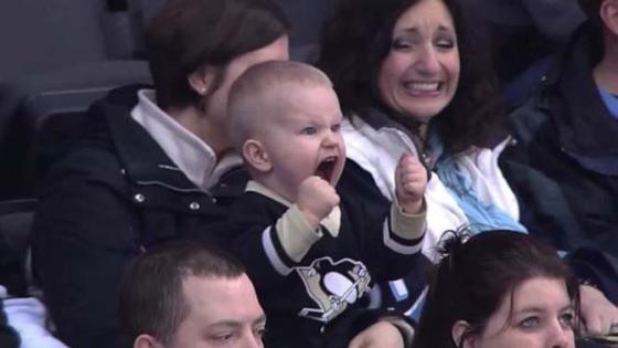 6d6614c0-ccaa-11e3-a483-d1b6d715b361_img-penguins-screaming-baby-593x356